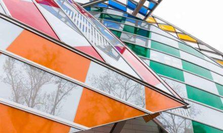 Daniel Buren ilumina la Fundación Louis Vuitton
