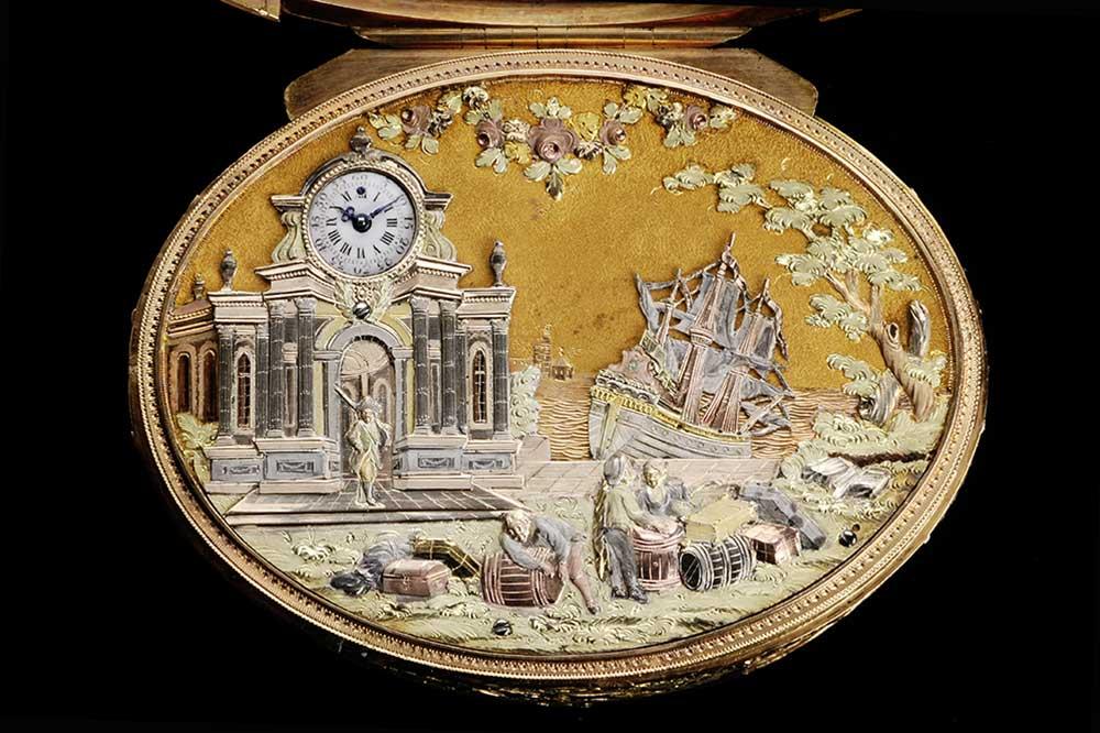 Parmigiani Tabatiere ovale en or avec montre carillon et bateau