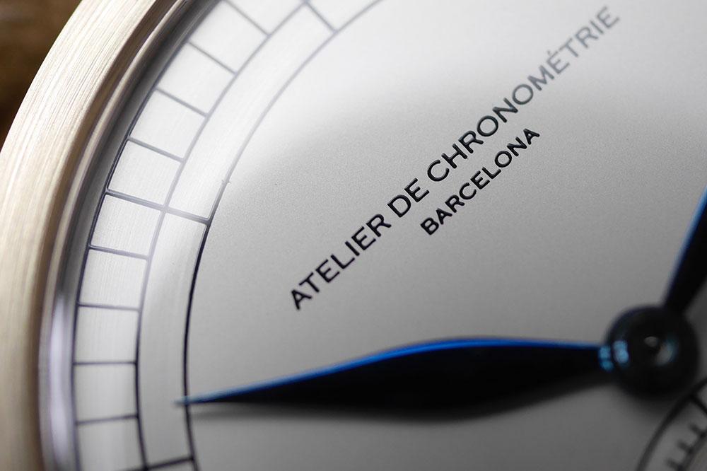 Atelier de Chronométrie AdC #1 detalles del dial