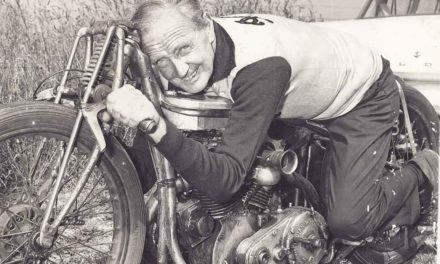 Baume & Mercier Clifton Club Burt Munro Tribute, homenaje a una leyenda