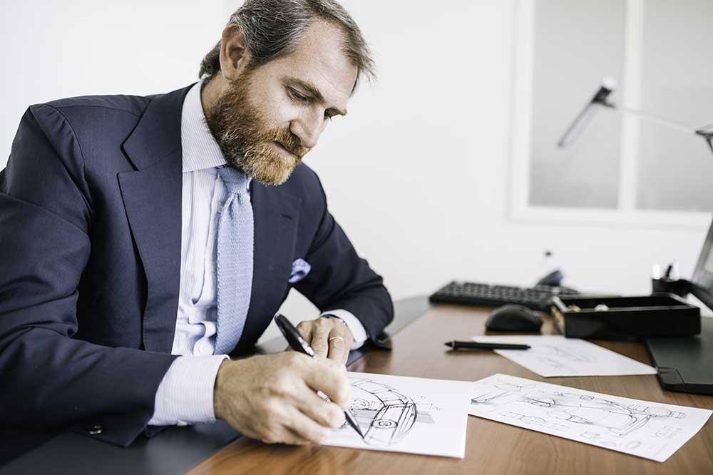 Fabrizio Buonamassa con diseño