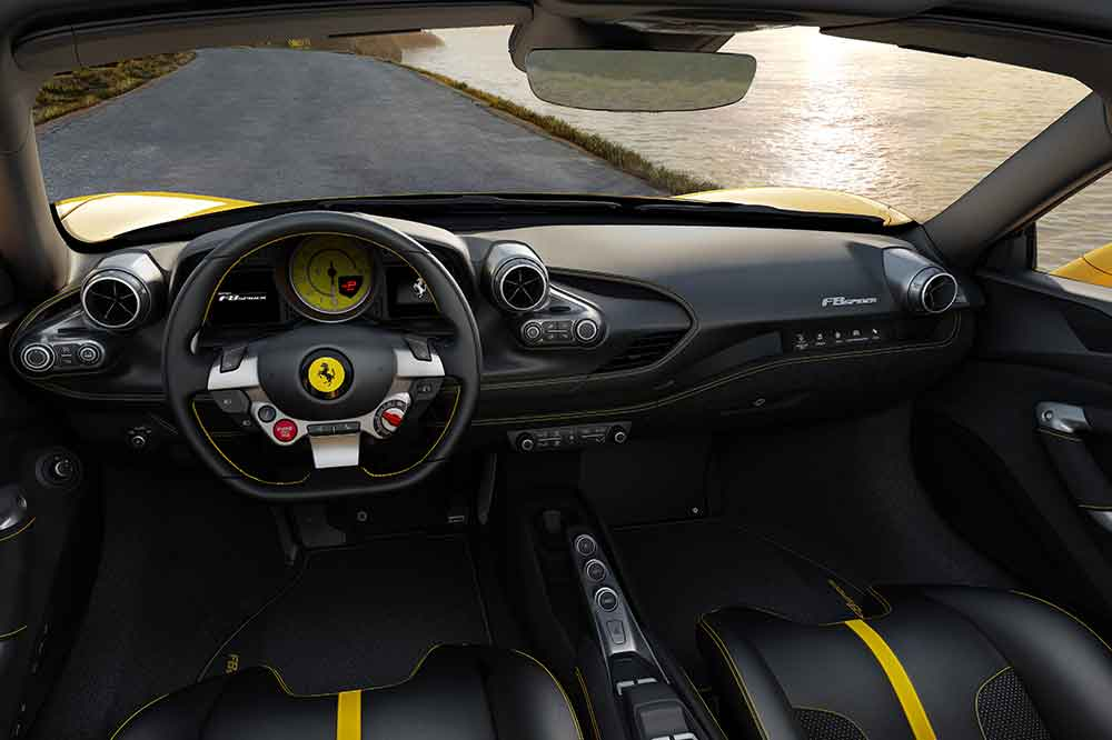 Ferrari F8 Spider, detalles interior