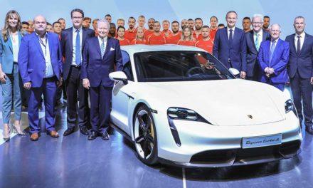 Porsche inaugura la fábrica de su nuevo eléctrico Taycan