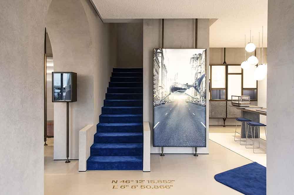 Ulysse Nardin Boutique Ginebra, detalle acceso primer piso