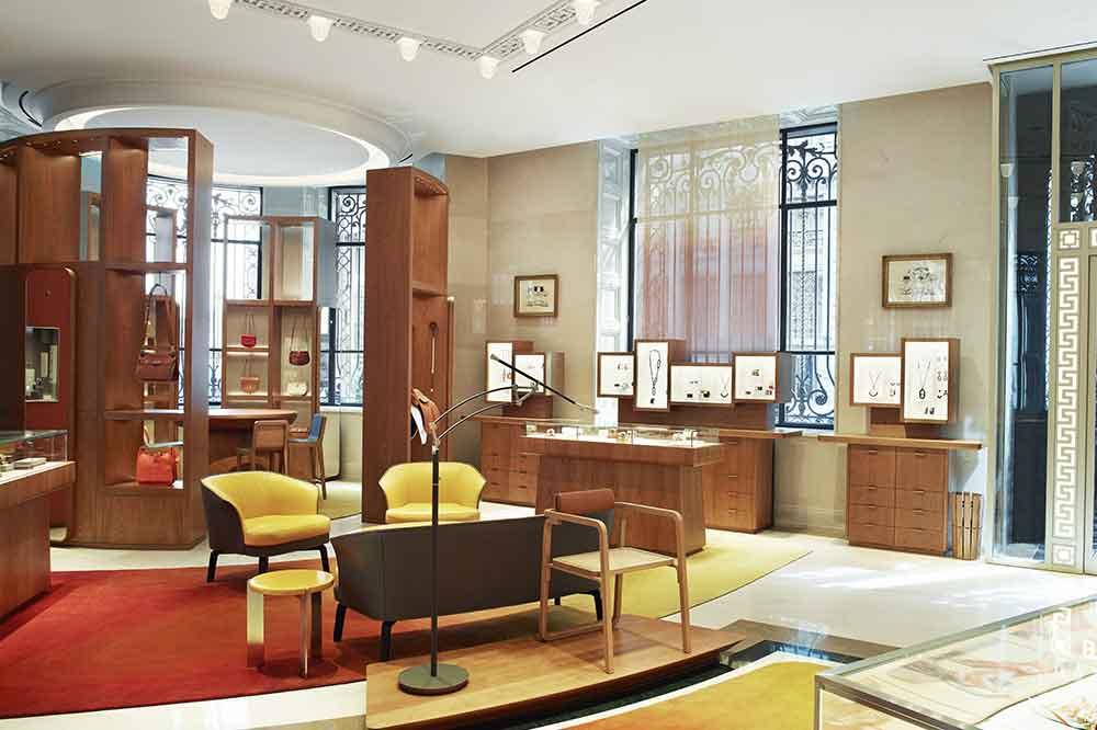 Tienda Hermès en Galería Canalejas, joyería en salón central