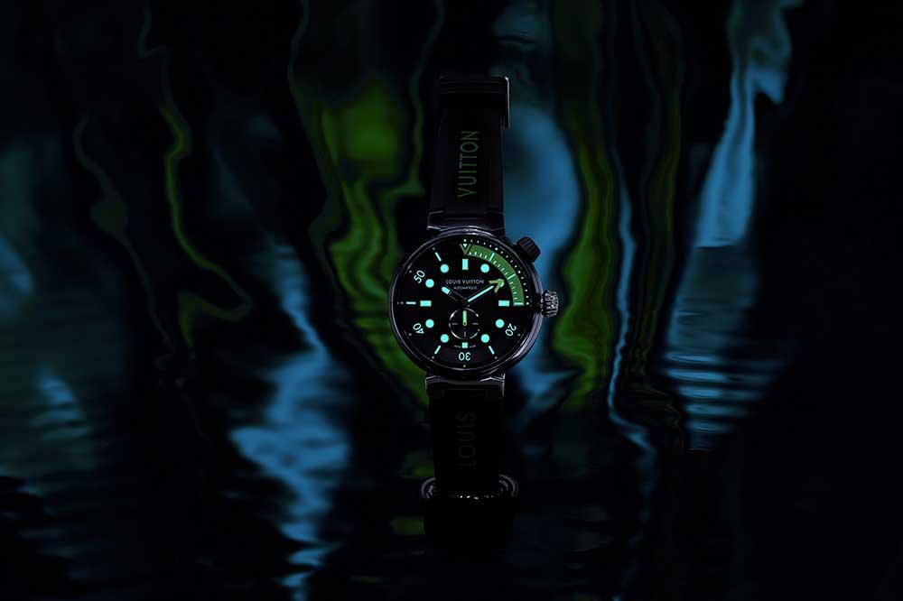 Louis Vuitton Tambour Street Diver Neon Black