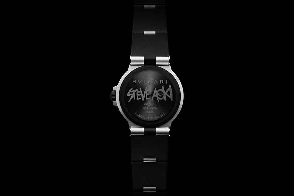 Bvlgari Aluminium Edición Especial Steve Aoki, detalle fondo