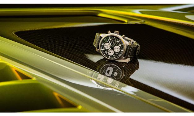 IWC y Mercedes-AMG lanzan su Aviador Cronógrafo Edición AMG